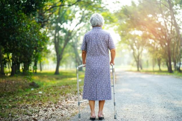 La salud y el cuidado del suelo pélvico en pacientes geriátricos